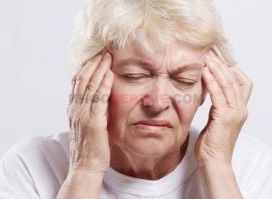 Почему может кружится голова при нормальном давлении и что делать?