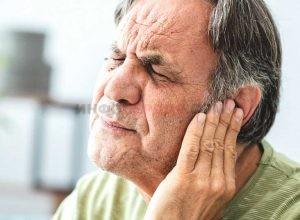 Уши закладывает при высоком или при низком давлении?