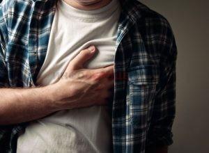 Какие патологии могут провоцировать жжение в области сердца?